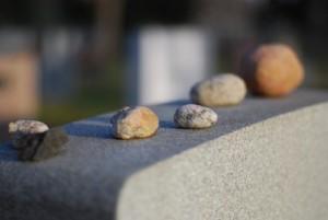 stones_or_pebbles_on_gravestone